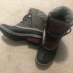 Sorel Slim Pack lace boot